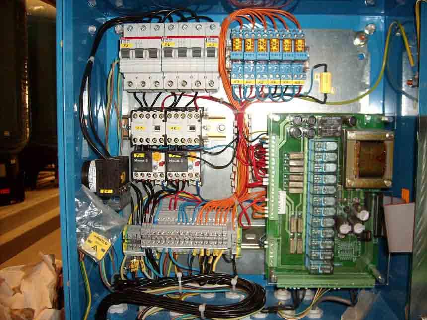electricien d'entretien