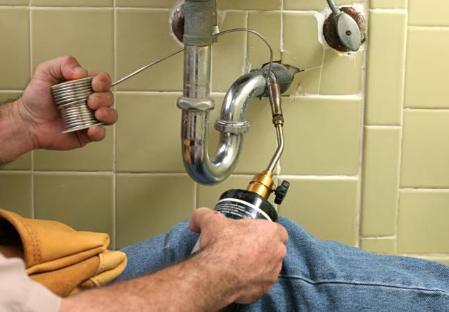 plombier grimaud